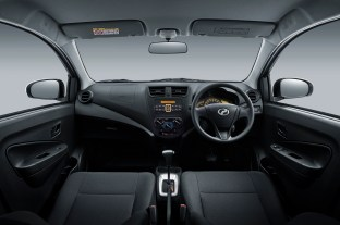 Interior_Dashboard (1.0L G)Axia2019-BM