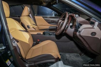 Lexus ES 250 Launch-9 BM