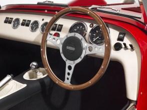 Caterham Super Seven 1600 UK_steering_wheel-1