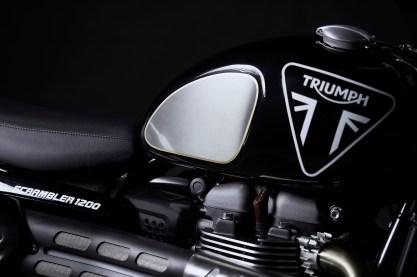 2020 Triumph Scrambler 1200 Bond Edition - 11