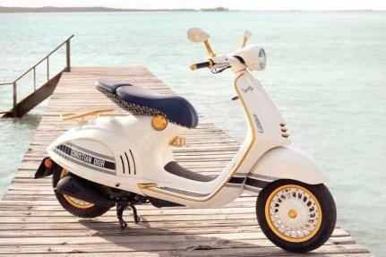 2021 Vespa 946 Christian Dior - 3