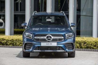 X247 Mercedes-Benz GLB 250 4Matic AMG Line-Malaysia-official-1