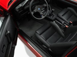 E30 BMW M3 Ronnie Fieg Edition-8