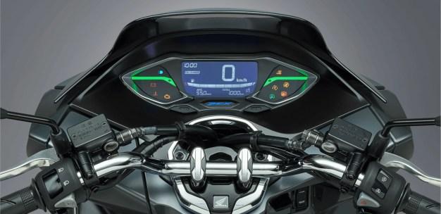 Honda PCX 160 2021 Japan-16