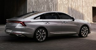 2021 Kia K8 first official images-2