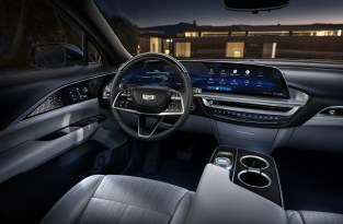 The LYRIQ interior is clean and simple with a focus on secondary