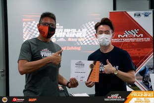 MSF Cyberturismo drivers go racing for real 2