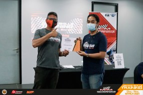 MSF Cyberturismo drivers go racing for real 3