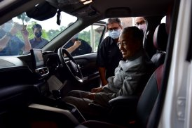 Perodua Ativa Tun Dr Mahathir-3