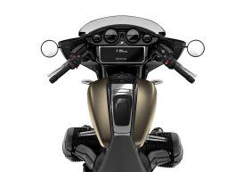 2022-BMW-Motorrad-R18B-Bagger-14 BM