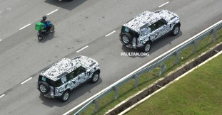 L663-Land-Rover-Defender-in-Malaysia-camouflaged-5_BM