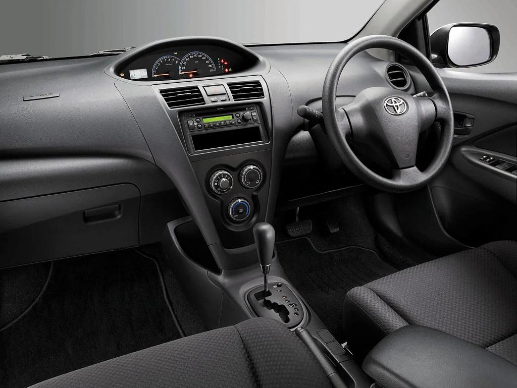 Tiada beg udara? Alangkah kedekutnya sebuah syarikat bernama UMW Toyota, sanggup gadaikan aspek keselamatan.