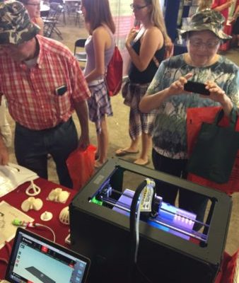 Talking about 3d printing at Empire Farm Days
