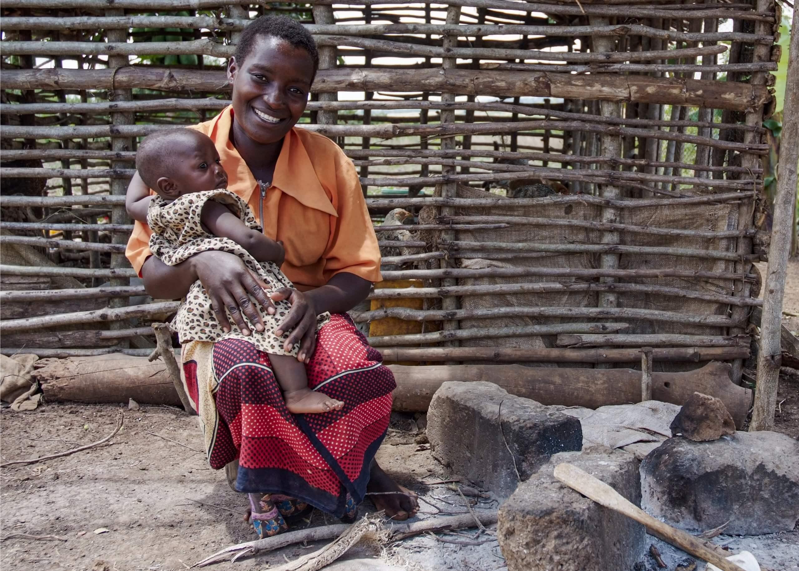 05 boerin trotsevrouw kind Farida Nyakunga tanzania 3470 scaled
