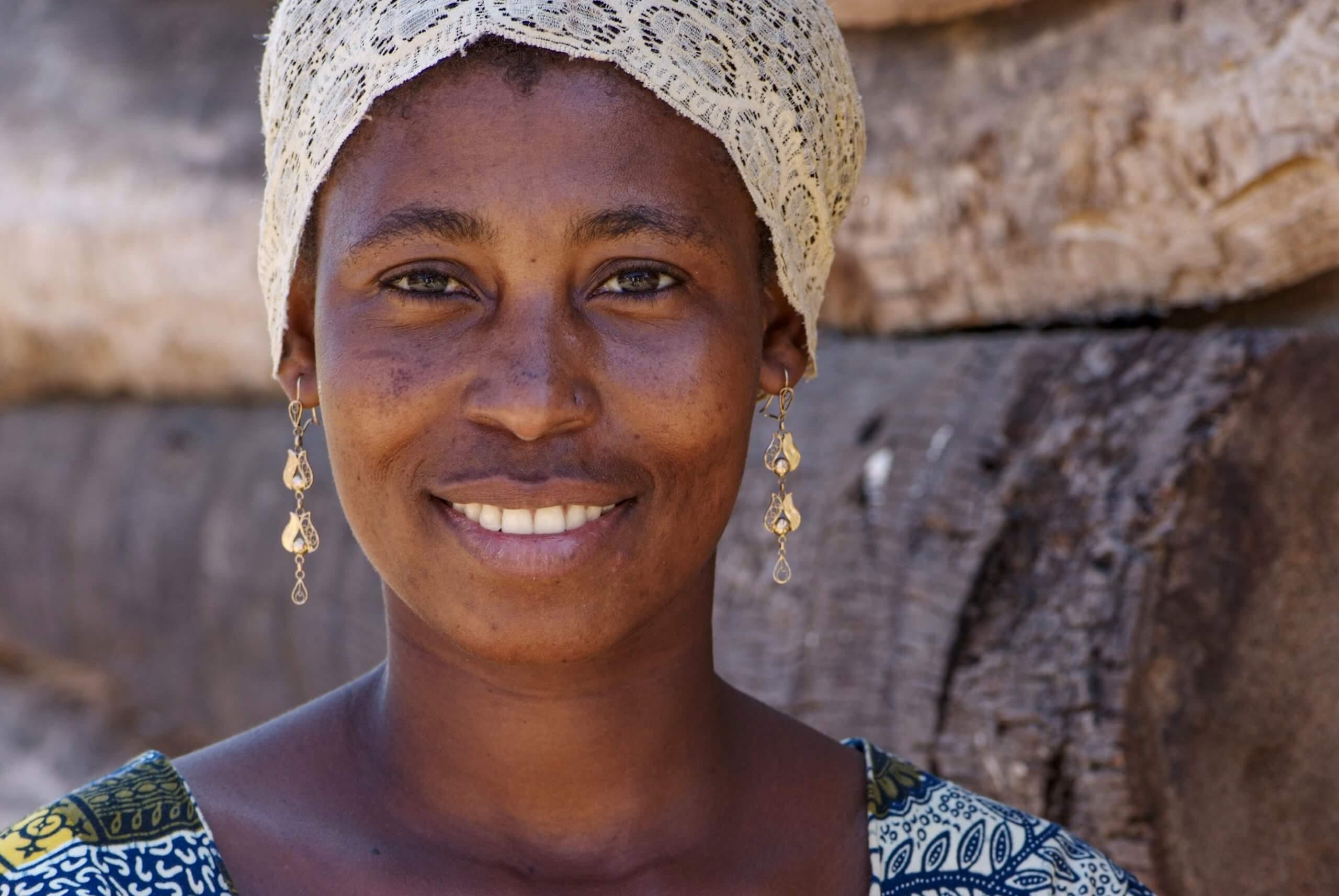 08 boerin trotsevrouw Sada Makanza Tanga Tanzania 3716 scaled