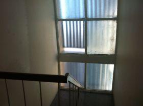 kinkabool-lobby-stairwell