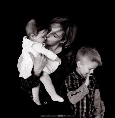 Avec-ses-deux-enfants