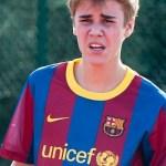 Justin Bieber continúa haciendo «amigos» por todo el mundo