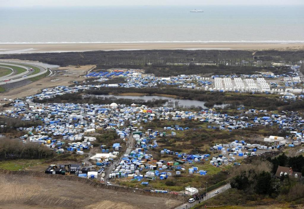 Jungle de Calais source : https://www.francetvinfo.fr/