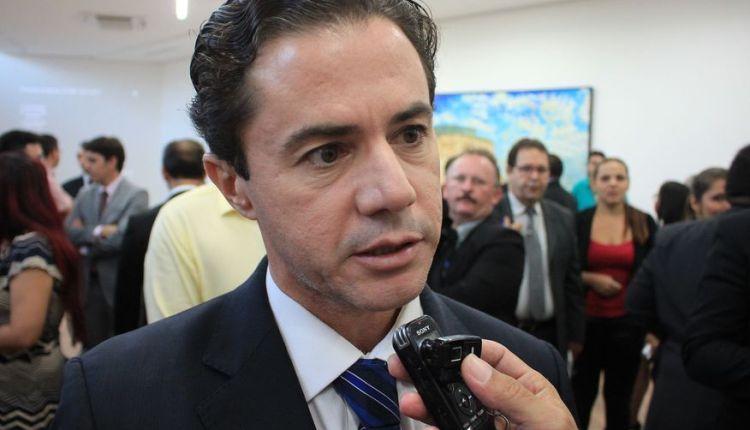 Veneziano 'ataca' e afirma que Maranhão concorda com todos os 'desmandos' de Romero