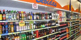 Pesquisa do Procon-JP aponta diferença de R$ 729 no preço de bebidas em supermercados