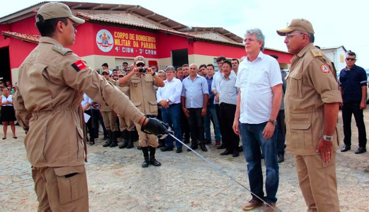 Governador inaugura a 4ª Companhia Independente do Corpo de Bombeiros em Itaporanga