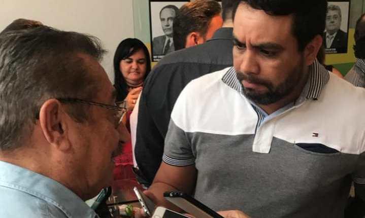 """Maranhão agradece apoio do PR e manda recado: """"desistir não está e nunca esteve em meu DNA"""""""