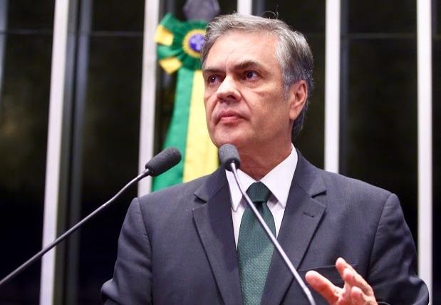 Cássio propõe medidas para retomada do desenvolvimento econômico