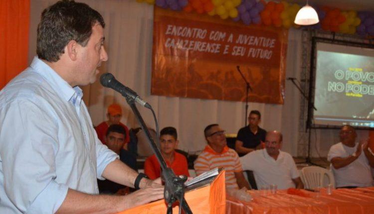 Gervásio se reúne com juventude e discute conjuntura política e econômica do país