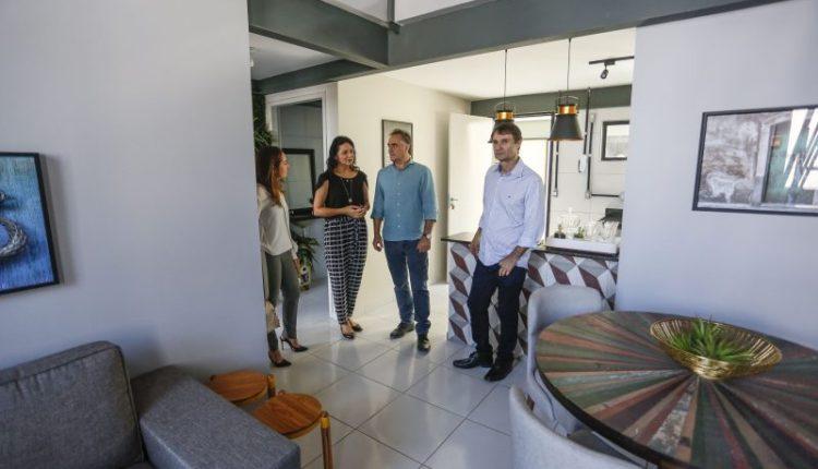 Cartaxo e Romero visitam obras da Villa Sanhauá e trocam experiências em João Pessoa