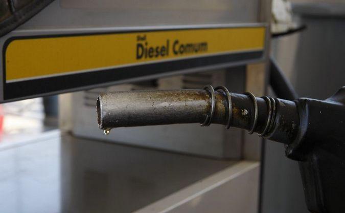 Redução da segunda parcela de R$ 0,23 no preço do óleo diesel é aplicada na PB