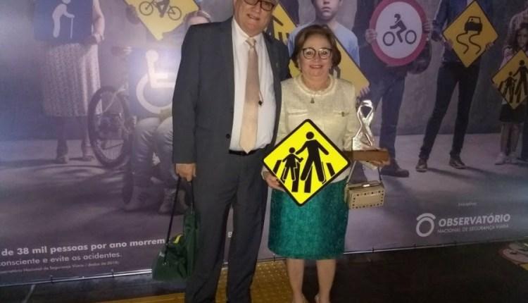 Campina recebe prêmio nacional de destaque do movimento Maio Amarelo