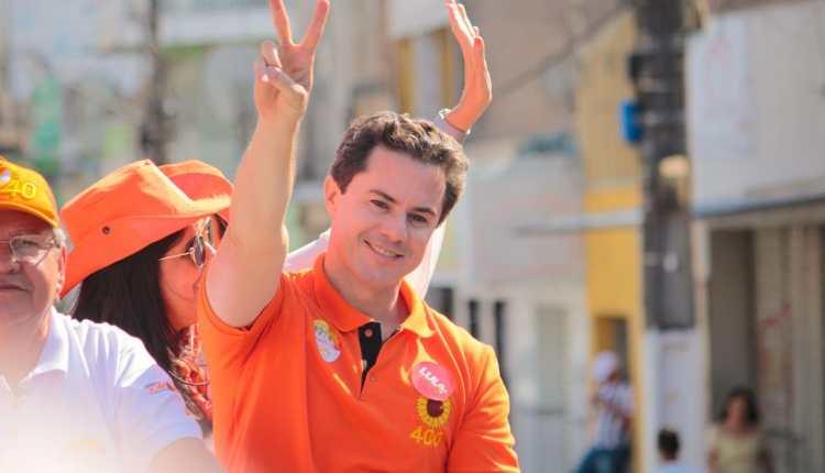 Veneziano é recebido com festa em 10 cidades e conquista apoios de prefeitos e lideranças durante Caravana do Trabalho