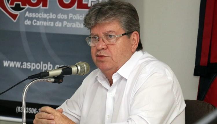 Em debate com policiais, João lembra que Paraíba está entre os cinco estados que mais investem em segurança