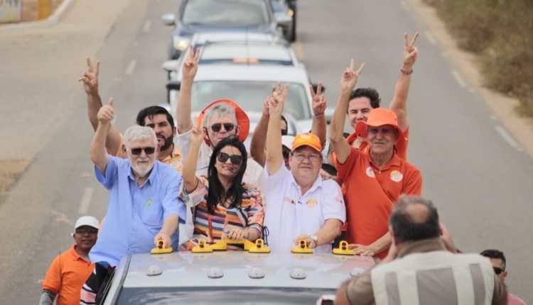 Veneziano é bem acolhido no Curimataú e convida população para caravana pela 'Rodovia da Batatinha'