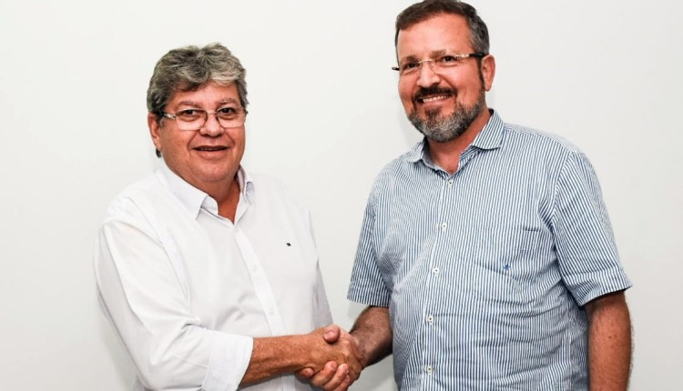 Ex-prefeito de Areia, Elson Cunha Lima anuncia apoio à candidatura de João