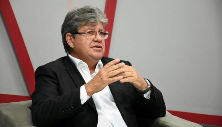João garante reforma de estádio em Patos, construção de centros de formação olímpicos e reestruturação do Bolsa Atleta