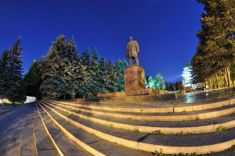 Памятник Ленину - фото Пятигорска