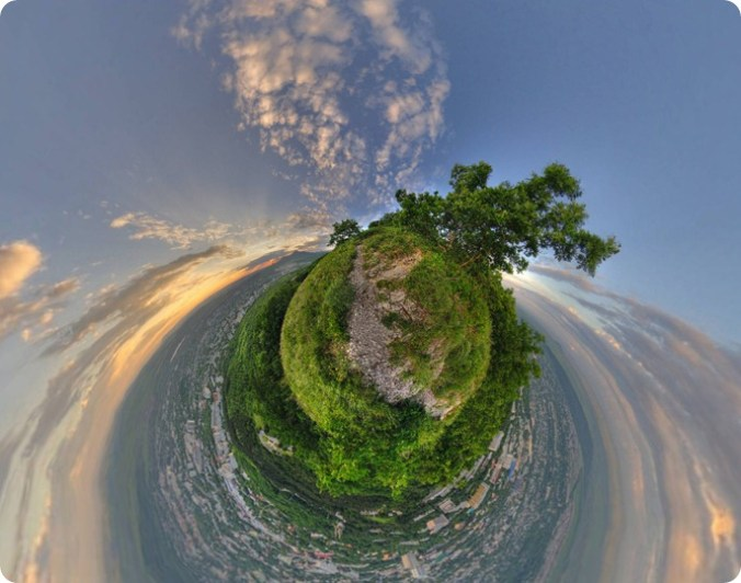 Маленькая планета - Little Planet. Фото Машука.