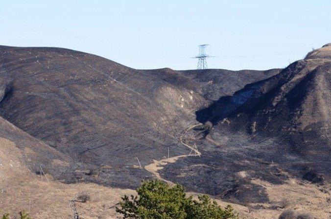 Выгоревшие холмы