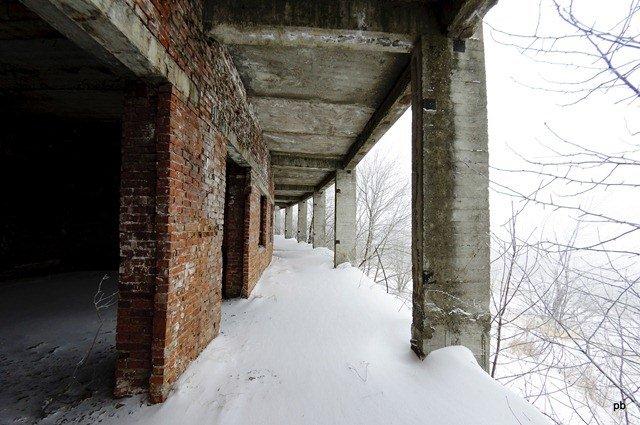 """Здания рядом с лагерем """"орлиные скалы"""""""