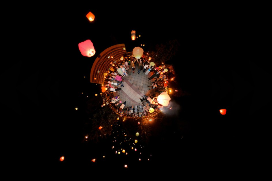 Запуск воздушных фонариков в Пятигорске