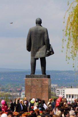 Дедушка Ленин и Сойка