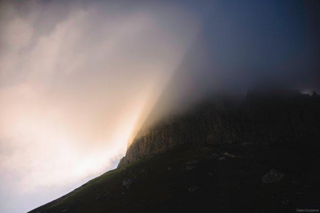 Большой Тхач на закате