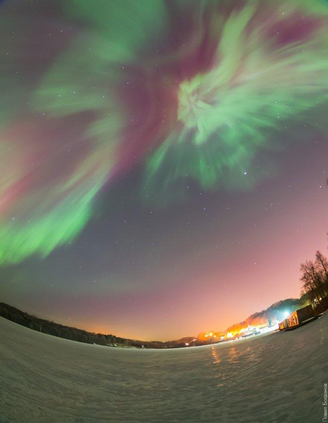 Полярное сияние недалеко от Петербурга, озеро Хепоярви