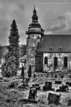 Kostel sv. Jiří a hřbitov (Horní Slavkov | prosinec 2012)