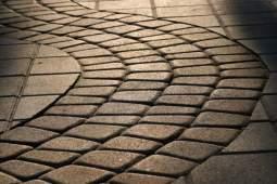 укладка тротуарной плитки харьков, тротуарная плитка харьков, старый город плитка харьков, гжель купить харьков, тротуарная плитка купить харьков, брусчатка харьков цена, тротуарная плитка своими руками, формы для тротуарной плитки харьков, купить фэм харьков, купить фем харьков, фигурные элементы мощения харьков купить, бордюр, поребрик