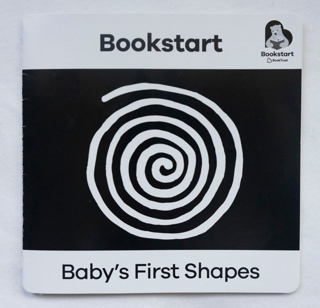 Children's books - Black and white shapes