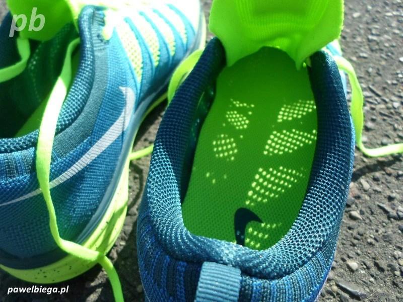 Nike Flyknit Lunar 2 - środek