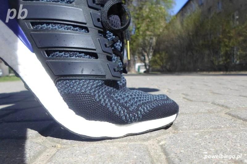 Adidas Ultra Boost - zgięcie stopy